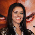 Desi Girl Asin Thottumkal hot wallpapers
