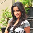 Gorgeous Priya Anand latest photo shoot