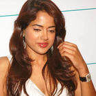Smiling Beauty Sameera Reddy Latest Wallpapers