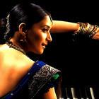 Madhuri Dixit Hot saree pics