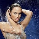 Hot babe Angelina Jolie latest photos Gallery