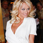 Pamela Anderson Cute Face Look Still