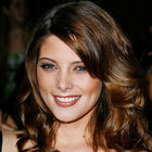 Gorgeous Babe Ashley Greene Photos