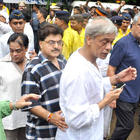 Ashok Pandit at Rajesh Khanna's Funeral Profession