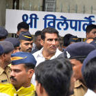 Mukesh Rishi at The Funeral of Rajesh Khanna in Vile Parle