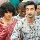 Ranbir and Priyanka Cute Look On The Sets Of Barfi