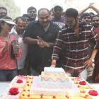 Ajay Devgan Celebrated His 43rd Birthday On The Sets Of Son Of Sardar