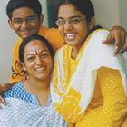Rare Actress With Her Daughters Photo