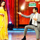 Barfi Cast at Jhalak Dikhhla Jaa Show For Their Movie Promotion
