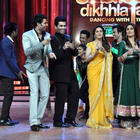 Kareena Promotes Heroine at Jhalak Dikhhla Jaa Reality Show