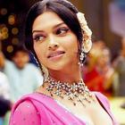 Deepika Padukone Receives The Smita Patil Memorial Award
