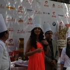Bipasha Basu With Chefs During Airtel Delhi Half Marathon Event