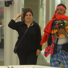 Aashka,Delnaaz And Vrajesh Hirji In Lungi At The Bigg Boss House 6