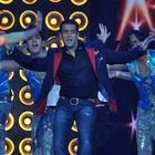 Salman Khan Dancing At The People's Choice Awards 2012