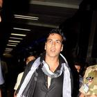 Akshay Kumar Snapped At Mumbai International Airport
