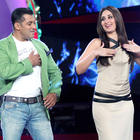 Kareena On Bigg Boss 6 To Launch First Look Of Dabangg 2 Item Song Fevicol Se