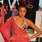 Shahazan Padamse Walks For Sushma Patel At IRFW 2012 Day 2