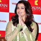 Aishwarya At Kalyan Jewellers Mega Showroom Inauguration