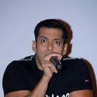 Salman Khan Promotes Dabangg 2 At Hyderabad