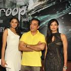 Kamal,Pooja And Andrea Strike A Pose At Vishwaroopam Press Conference