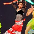 Salman And Kareena Performing At Big Star Entertainment Awards 2012