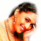 Madhuri Dixit Beauty Smile Face Wallpaper