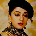 Madhuri Dixit Sexy Cool Look Wallpaper