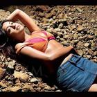 Bikini Babe Tanushree Dutta Hot Photos