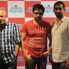 Emraan Hashmi Promotes Jannat 2 in Ahmedabad