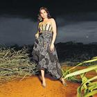 Isha Koppikar Strapless Dress Gorgeous Wallpaper