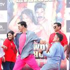 Rowdy Rathore Promotions With Rickshaw Race