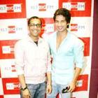 Shahid Kapoor Promotes Teri Meri Kahaani on 92.7 BIG FM