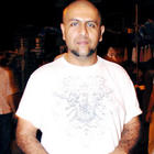 Vishal Dadlani Stands Firm Behind Srk