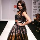 Bipasha Basu Sexy Photos and Hot Spicy Wallpapers