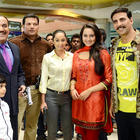 Akshay and Sonakshi Promote Rowdy Rathore on The Sets Of CID