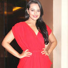 Rowdy Rathore Costars and Sonakshi Parents at Her Bithday Bash