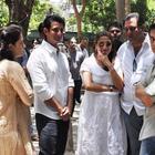 Bollywood Celebrities At Rajkumar Hirani's Father's Funeral