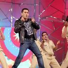 Salman Khan At Umang Police Show 2013 At Mumbai