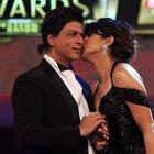 Priyanka Kisses Shahrukh At 19th Colors Screen Award Function
