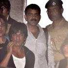 Shahrukh Khan Back With Family From Holidays