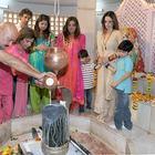 Hrithik Roshan Celebrates Mahashivratri With Family On 2013