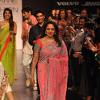 Hema Malini Sizzling Look On Ramp At Lakme Fashion Week 2013 Day 1
