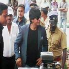 Shahrukh Arrived In Munnar For The Shooting Of Chennai Express