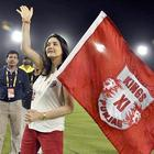 Preity Zinta Greets Her Fans At KXIP Vs KKR Match IPL 2013