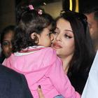 Abhishek receives Aishwarya and Aaradhya At The Airport