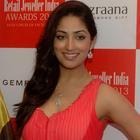 Neha, Mahima And Yami At 9th  Retail Jeweller India Awards 2013