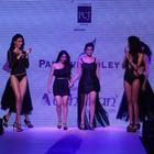 Alia Bhatt Showstopper For Abharan Jewellers At IIJW 2013