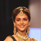 Aditi Rao Hydari Walk The Ramp For Dipti Amp Amisha At IIJW 2013