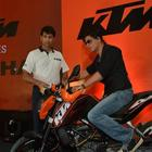 Shahrukh Khan Launches The New KTM Bike