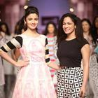 Alia Bhat Ramp Walk At Wills India Fashion Week 2013